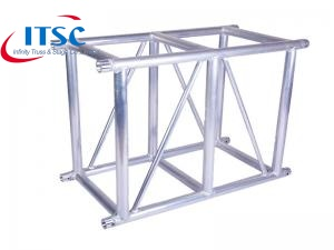 Exhibit rectangular lighting truss