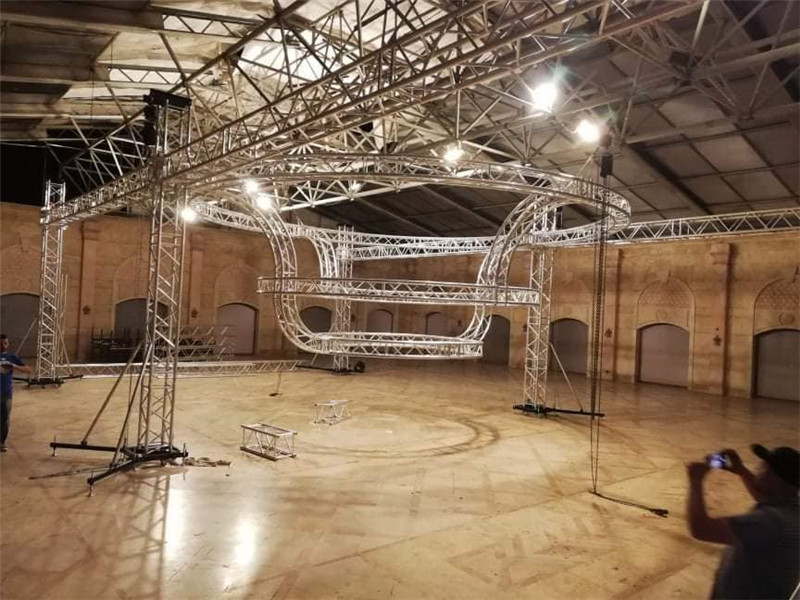 Circular Lighting Truss Hire for indoor Exhbition Booths